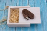 csm-usb-stick-bundle-swivel-wooden-trinket-box-for-photographers-03
