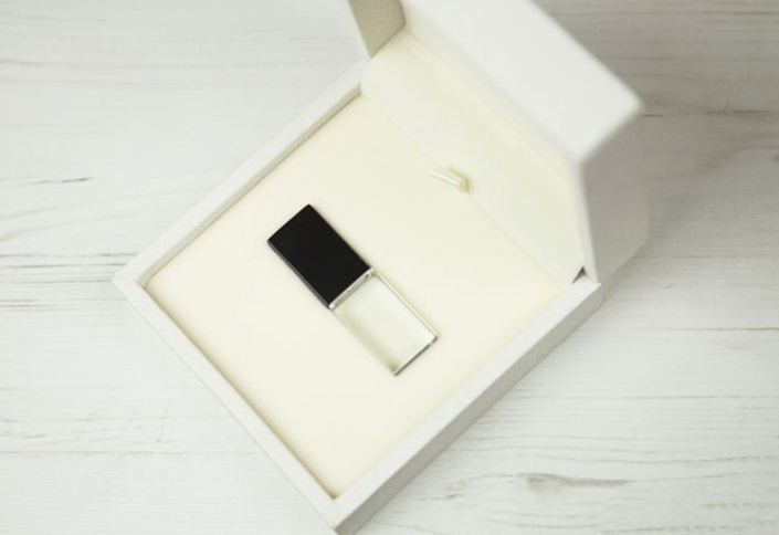 Crystal Amp Luxury Usb Box Csm Production Gmbh
